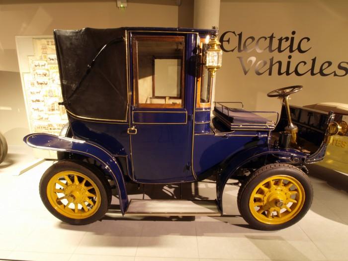 achat et revente d 39 automobile vintage. Black Bedroom Furniture Sets. Home Design Ideas